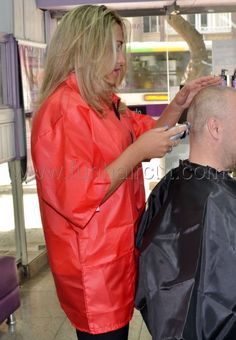 FUN HAIR CUT & more - PHOTOS - BARBERETTES - BARBERETTES IN ACTION - Barberette in action 12