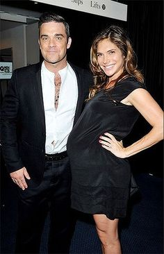 """Rockin"" new parents ... Robbie Williams and Ayda Field"