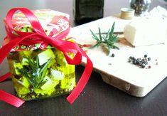 Készülnek a karácsonyra szánt ajándékok. Persze ezzel, hogy kiposztolom, le is lövöm a meglepetést, bár azt nem lehet tudni, hogy ki kapja. A... Lidl, Feta, Gift Wrapping, Gifts, Gift Wrapping Paper, Presents, Wrapping Gifts, Favors, Gift Packaging