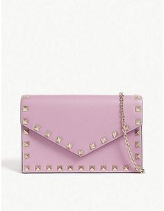 Valentino Rockstud wallet-on-chain Valentino Rockstud, Valentino Shoes, Valentino Handbags, Lavender Aesthetic, Clutch Bag, Purse, Crossbody Bags, Valentino Clothing, Bags