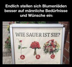 Dieser Blumenverkäufer weiß, wie man auf die individuellen Wünsche der Kunden eingeht und macht dies auf diese geniale Weise...