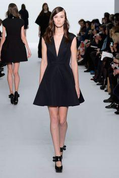 Dice Kayek | Spring 2015 Couture | 03 Black sleeveless mini dress with V-neck