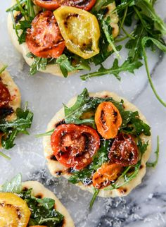 charred tomato and garlic butter mini pizzas || howsweeteats.com || Date Night Meal
