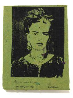 Handmade notebook from recycled paper and flowers. Homenaje a Frida Libreta hecha a mano Folk Art, Male Sketch, Art, Folk, Notebook