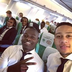 Memphis Depay flying with PSV to Greece Memphis Depay, Greece, Soccer, Fictional Characters, Greece Country, Futbol, European Football, European Soccer, Football