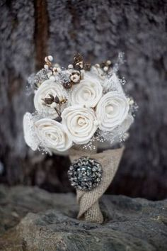 fabric bouquet   Winter cotton wedding   Nozze di cotone http://theproposalwedding.blogspot.it/ #cotton #wedding #winter #matrimonio #cotone #inverno