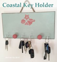 s 30 coastal style decor ideas perfect your home, Make A Beachy Theme Key Holder With Paint