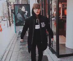 Jin (literally) on the street #WhatEven #Omg #PlsJin