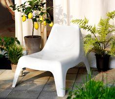 IKEA PS VÅGÖ Plastic Easy Chair On The Patio
