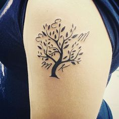 Soyağacı dövmesi - family tree tattoo by tattoobrothers. Randevu ve fiyat bilgisi için GSM: 05323546726