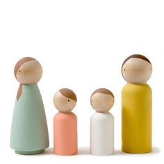 single-color peg dolls -- so simple and sweet