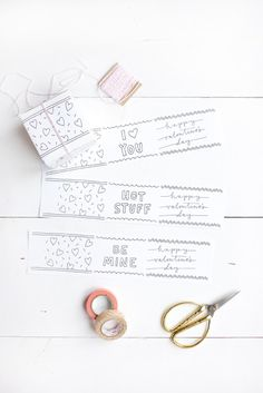 DIY Valentine's Day Gift Boxes - free printables! | coco & mingo for Lark & Linen