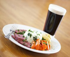 Happy St. Patrick's Day!  FOOD HOLIDAY - March 17: Corned Beef And Cabbage Day - List of Food Holidays at http://wp.me/P2kH1i-1CU
