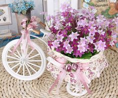 A simulation flowers tricycle decoration