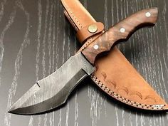 Various Tools Used іn Wood Carving Swords And Daggers, Knives And Swords, Damascus Knife, Damascus Steel, Leather Working, Metal Working, Homemade Forge, Blacksmithing Knives, Cool Knives