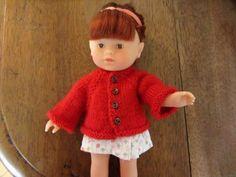 Gilet rouge tricoté main  pour poupée corolle 20cm
