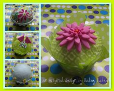 Retro Flower Power cupcakes by Bakey Bakey, via Flickr