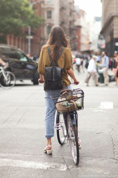Prince Street Bike Style  Cool loose clothing and comfortable chic backpack    Photo: Melodie Jeng