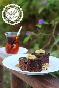 Islak Kek (Kakaolu) – Mutfak Sırları – Pratik Yemek Tarifleri