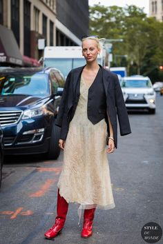 Lili Sumner by STYLEDUMONDE Street Style Fashion Photography_48A1578