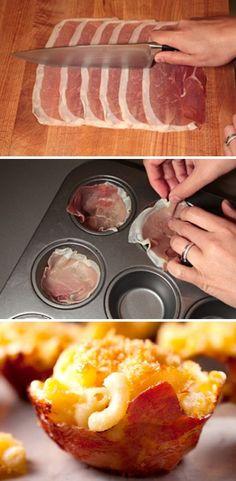 Macaroni & Cheese Stuffed Prosciutto Cups - Nossa! Essa receita é a cara de alguém que conheço!