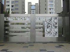 Modern Steel Gate Design, Modern Main Gate Designs, Iron Main Gate Design, Home Gate Design, Gate Wall Design, House Main Gates Design, Front Gate Design, House Front Design, Door Design