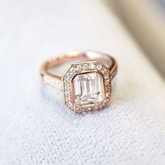 stunning rose gold engagement ring ~  we ❤ this! moncheribridals.com