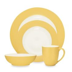 Add a splash of style to your tabletop with the ultra-modern Noritake Colorwave Dinnerware. With a creamy glaze interior, and a matte exterior, the simple but chic dinnerware is perfect to brighten your table on any occasion. Asian Dinnerware, Yellow Dinnerware, Plastic Dinnerware, Porcelain Dinnerware, Dinnerware Sets, Mustard Bedding, Turquoise Kitchen, Yellow Turquoise, Cozy Living Spaces