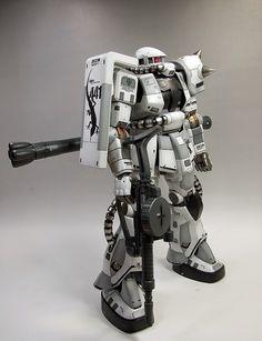 """Custom Build: Mega Size 1/48 Zaku II """"White Ogre ver."""""""