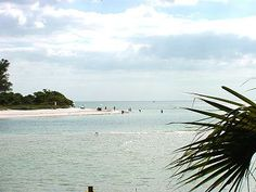 Barefoot Beach, Estero