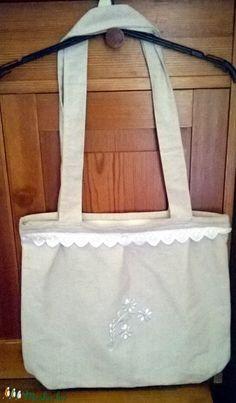 Hímzett táska (anyuci14) - Meska.hu Handmade, Fashion, Moda, Hand Made, Fashion Styles, Fashion Illustrations, Handarbeit