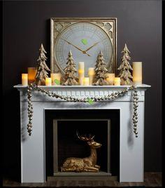 Manteau de cheminée décoré avec des bougies
