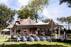Wedding in the garden of Frederik's Hof at Kasteel Keukenhof | Keukenhof Castle - The Netherlands.   http://www.kasteelkeukenhof.nl