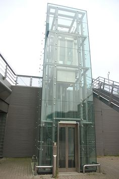 Glass Elevator - to exterior. Use glass to run water down. Interior Architecture, Interior And Exterior, Glass Lift, Elevator Design, Glass Elevator, Lift Design, Glass Stairs, Glass Structure, Vung Tau