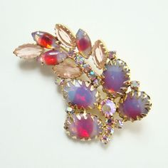 Vintage Brooch Pin Pink Blue Givre Oval Cabochon Rhinestone Aurora Borealis by redroselady on Etsy