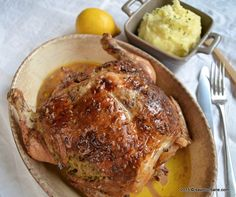 Pui la cuptor reteta simpla si rapida | Savori Urbane Healthy Eating Recipes, Cooking Recipes, Turkey Recipes, Chicken Recipes, Romanian Food, Romanian Recipes, Soul Food, Food To Make, Pork