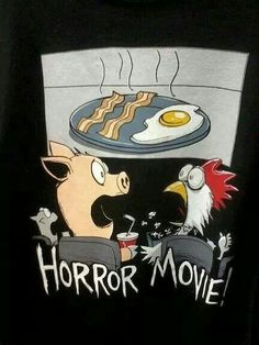 Horror Movie The ultimate animal horror film. Oy Vey, if you're Jewish, definitely no on the bacon. Cute Puns, Funny Puns, Funny Cartoons, Funny Art, Funny Comics, Funny Food, Hilarious, Food Humor, Memes Humor