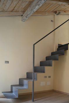 Dakota Johnson Style, Student House, Japanese Interior, Creative Walls, Everton, Stairway, Staircases, Remodeling, Minimalism