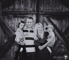 Red Rubber Studio | Beth and Nate's Family Session