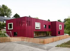 Image 1 of 22 from gallery of Double Pre-School Facility / Singer Baenziger Architects. Photograph by Christian Senti Small Buildings, Facade Architecture, Clever Design, School Design, Pre School, Exterior Design, Shed, Outdoor Structures, Gallery