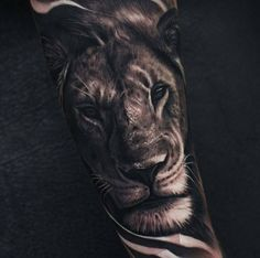 Explore a symbol of power and pride with the top 40 best lion forearm tattoos for men. Discover a jungle of manly ink ideas and big cat inspiration. Lion Forearm Tattoos, Forarm Tattoos, Leo Tattoos, Tattoos Skull, Bild Tattoos, Badass Tattoos, Sleeve Tattoos, Tattoo Sleeves, Leg Sleeves