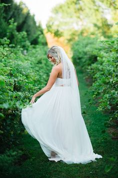 Sara Gabriel Veils | Kara Kamienski Photography | Adore Bridal & Specialty