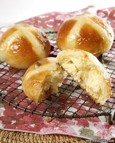 Hot Cross Buns Recipe -- a perfect treat to make during spring.