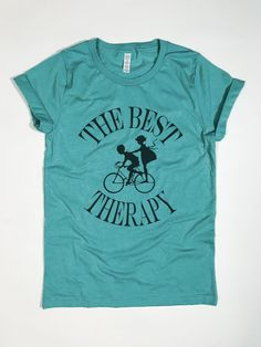 The Best Therapy Bike Couple - T-Shirt - Siteismi Biker T-shirts, Bike Couple, Bike Design, Fabric Weights, Screen Printing, Good Things, Fashion Outfits, T Shirts For Women, Mens Tops