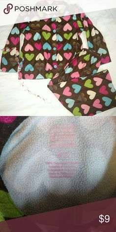 Girls pajamas 💗💟 Super cute child of mine by Carter's  In excellent used condition please feel free to ask any questions Carter's Pajamas Pajama Sets