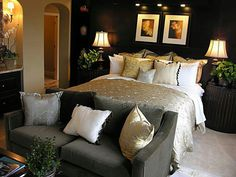 Grown and sexy bedroom. Love because my room is already black and gold