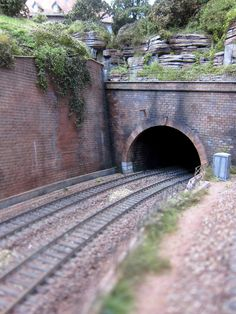 Train tunnel on an HO layout