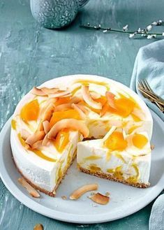 Mango Cheesecake: Very Appetizing Dessert Mango Cheesecake, Easy Cheesecake Recipes, Tart Recipes, Dessert Recipes, Cheesecake Vanille, Fruit Cake Cookies Recipe, Dessert Thermomix, Cookie Recipes From Scratch, Chocolate Desserts