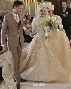 Bridal Hijab, Hijab Bride, Bride Gowns, Muslim Wedding Gown, Wedding Hijab, Wedding Gowns, Muslim Couples, Muslim Women, Wedding Beauty