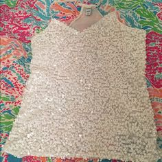 Sequin top!!!! Amazing condition. Very well sequined. Very fun and very summery top. Old Navy Tops Tank Tops